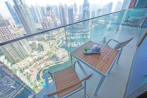 Ancres à l'extérieur - Dubaï Marina