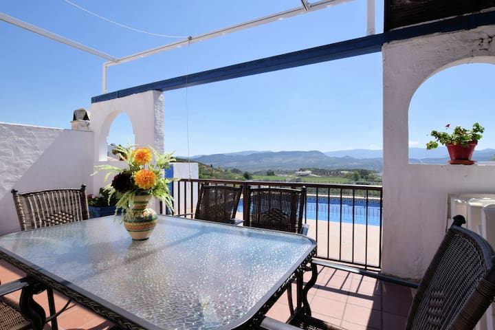 Cozy Holiday Home in Priego de Córdoba with Private Pool