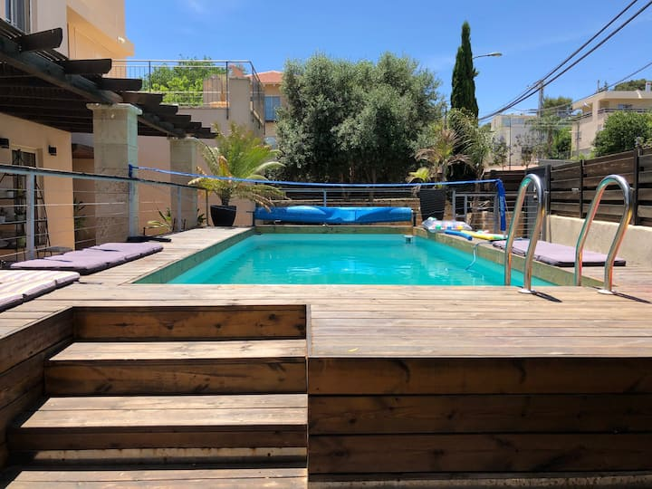 Kosher Villa with swimming pool in Zikhon Yaacov