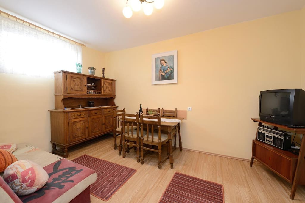 Dining room 1, Surface: 12 m²
