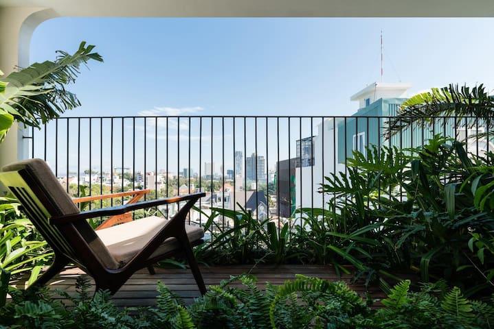 The Avis Apartments - Penthouse