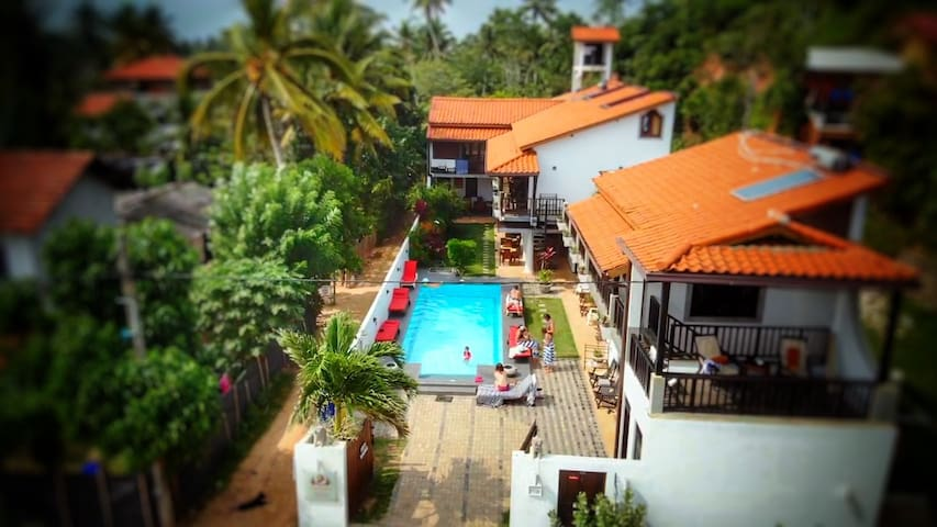 Deluxe Room @ Lion's Rest Weligama