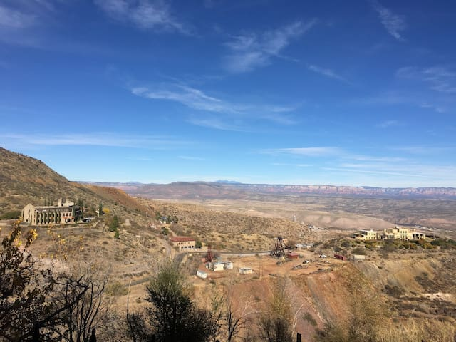 The Bohemian Bordello w/ the Best Views in Jerome!