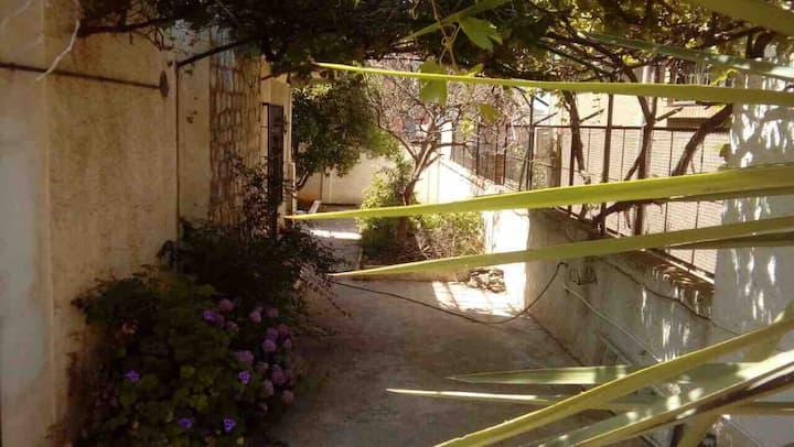 Niveau de villa Rez de Jardin quartier résidentiel