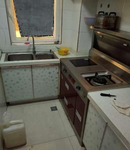 精装 家电家具齐全 随时看房 冰箱洗衣机 空调 大件都有 - Weihai