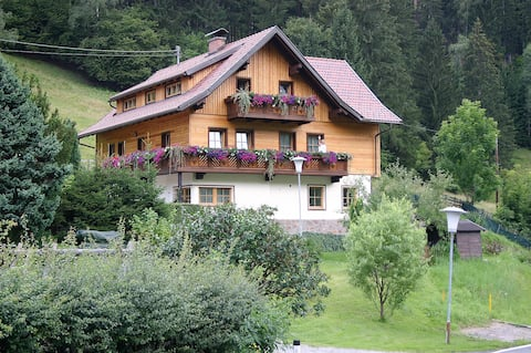 Bed & Breakfast in Feld am See