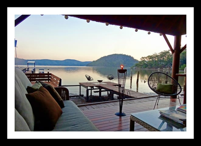 Hawkesbury River 'Off The Grid' Bed & Breakfast - Cogra Bay - Penzion (B&B)