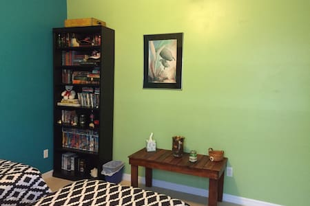 Green Twins Room - Port Orange