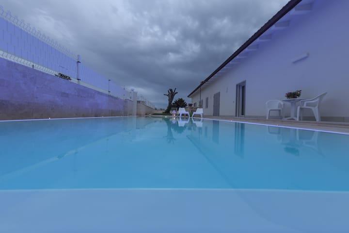 Ofra Matera - Camera doppia
