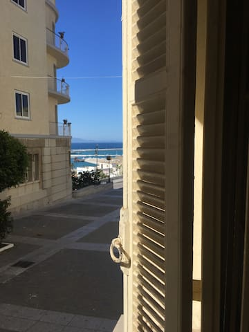 vue fenêtre chambre 2