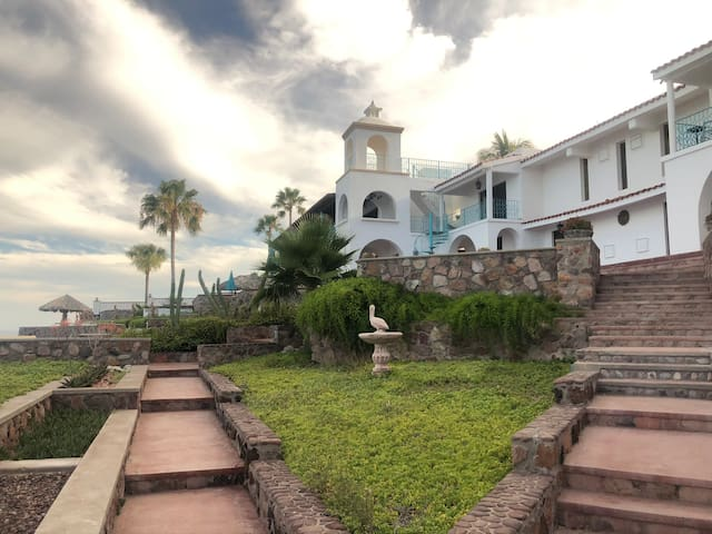 Casa Santuario