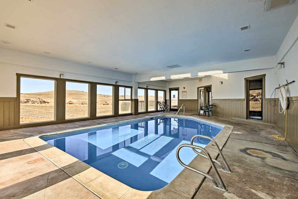 Enjoy swimming laps in the community indoor pool or take a steam to sweat out some toxins!