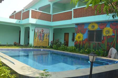 Villa Sonnenblume: Chambre Etoile avec piscine