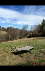 Relaxation Awaits in Rustic Cabin! - Morganton