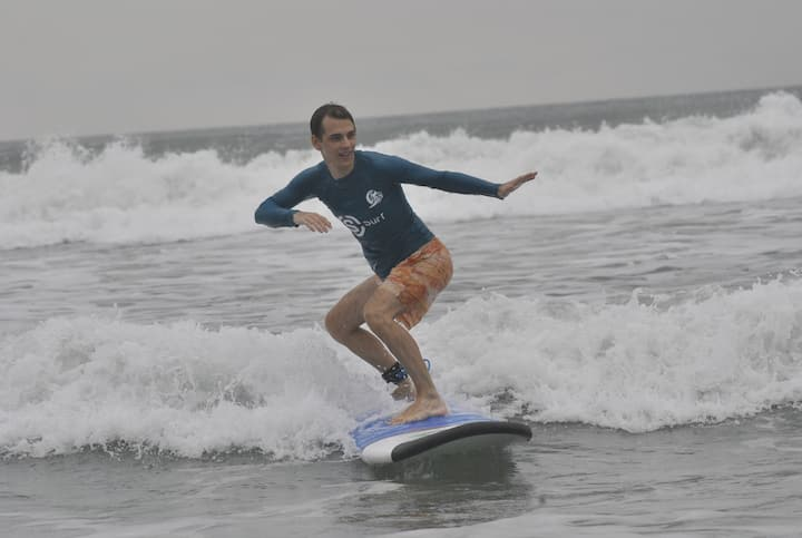 S  Surf School Bali