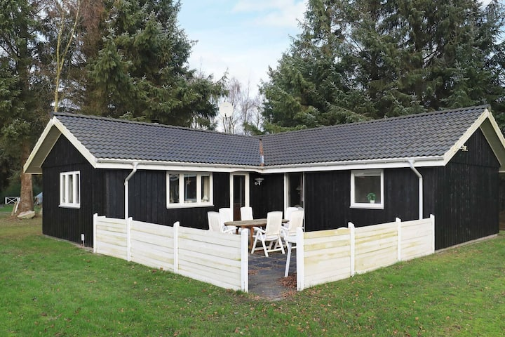 Luring Holiday Home in Nordjylland near Sea