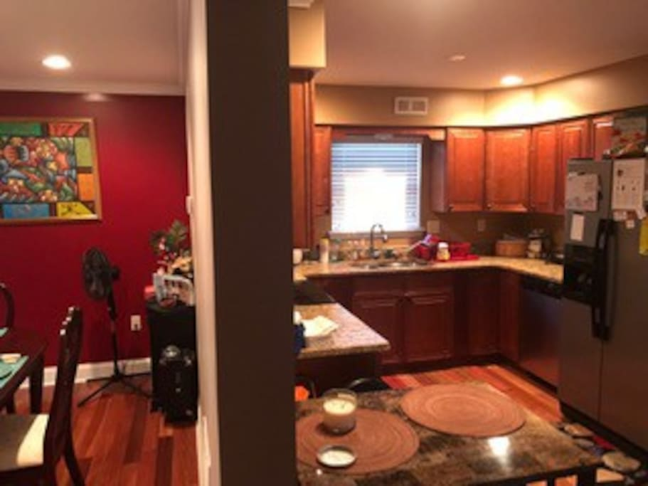 Great Kitchen and dinning area