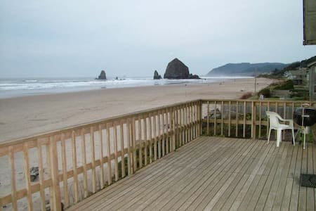 Oceanfront home - Isabel House - Cannon Beach