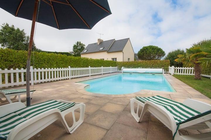 Wonderful sea view villa. Brittany