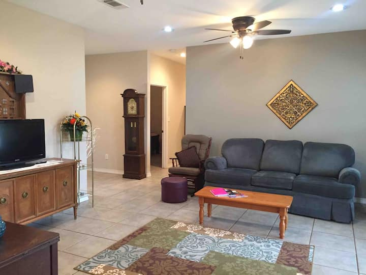 Large Family Home - Lufkin/Hudson Area