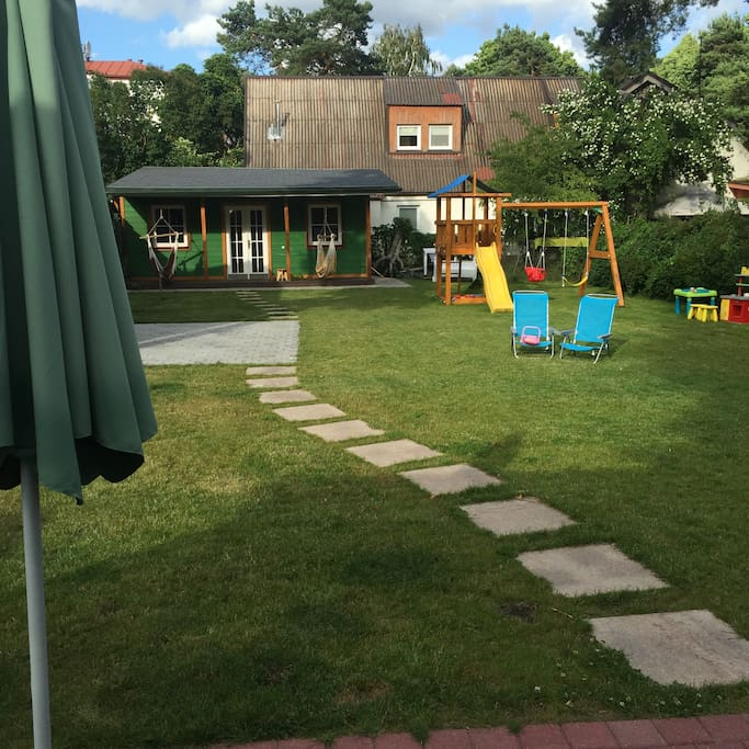 Play yard and summer house  for kids