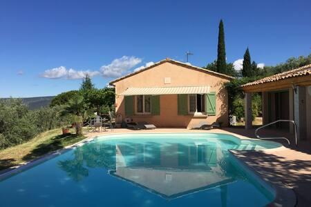 Villa de charme avec piscine à Roussillon - House