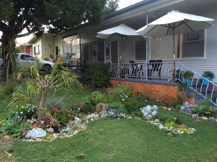 Cottage garden +
