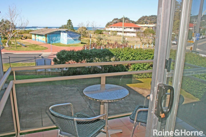 Seaview #2 - 2/171 Avoca Drive