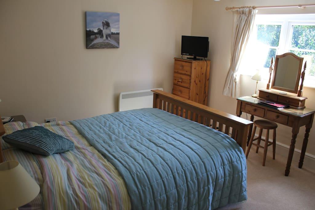 Your private en suite bedroom