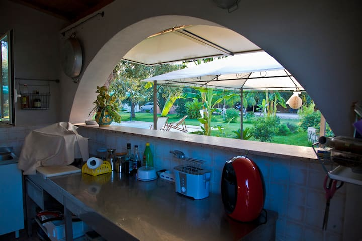 Villa Augusta outdoor kitchen
