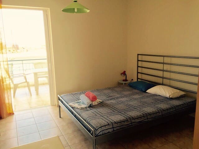 Self catering studio apartment 4 - Kalamata - Leilighet