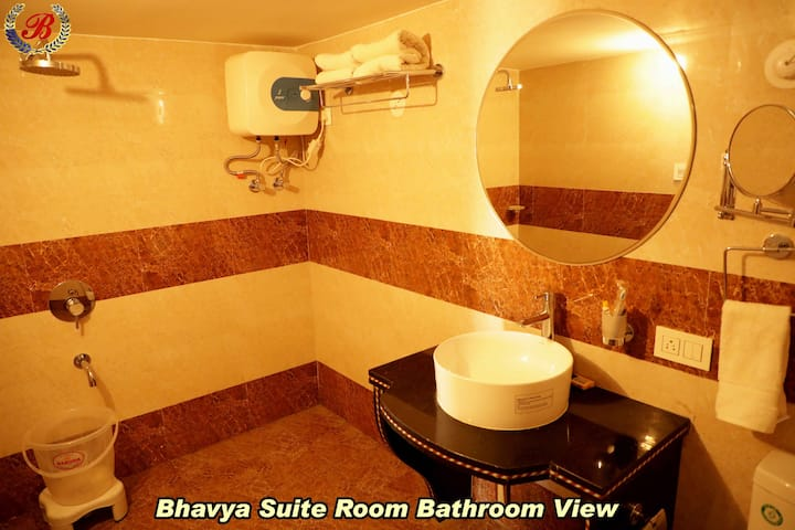 Bhavya Suite Room(Hut) at Bhavya Resort