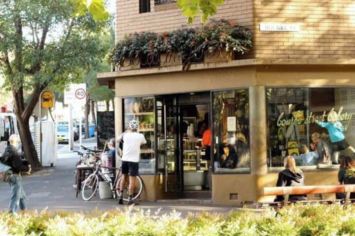 Cosy apartment in the heart of Surry Hills