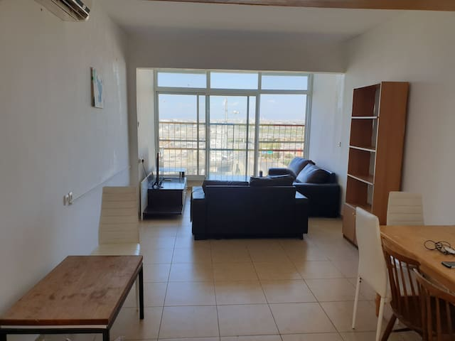 Beautiful Apartment close to everything (3 rooms)