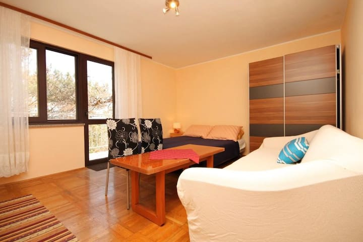 One bedroom apartment with terrace and sea view Brseč, Opatija (A-2359-a)