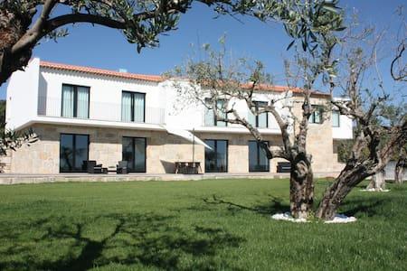 Carvalhal Redondo - Farm House - Castelo Novo