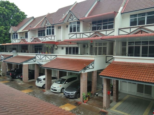 3 Rooms Town House at Raja Uda, butterworth,penang - Butterworth - Townhouse