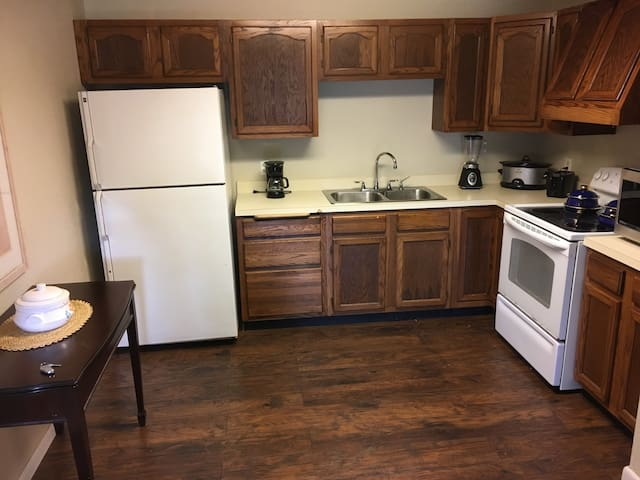 Cozy Clean Barn Apartment near Downtown Fairhope - Point Clear - Apartamento