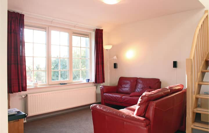Beautiful home in Groede with WiFi and 2 Bedrooms
