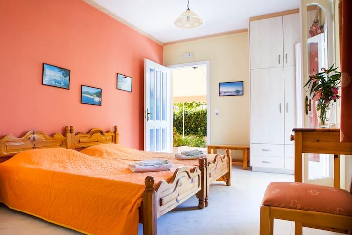 Tzivras One-Bedroom Apartment