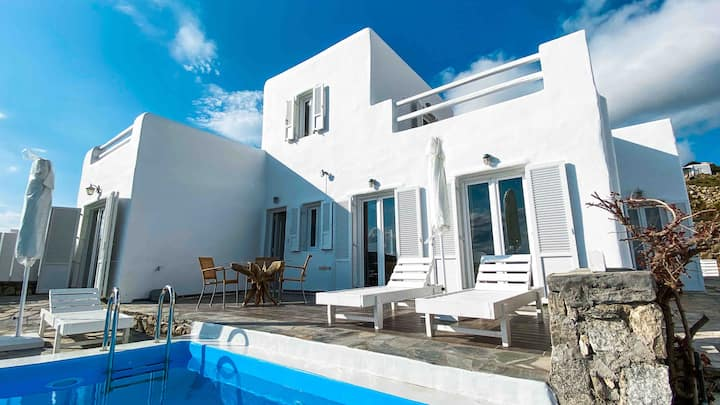 Villa with private pool near Mykonos town&beach