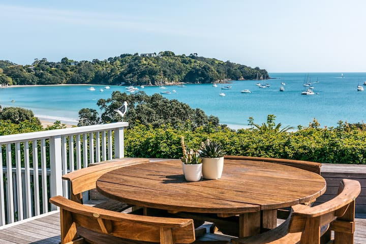 Oneroa Outlook | Be My Guest Waiheke