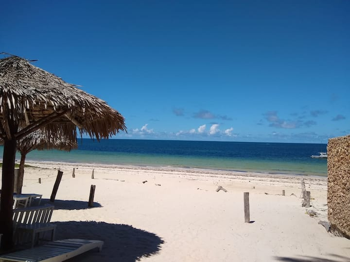 Breathe Easy Beach Cottage
