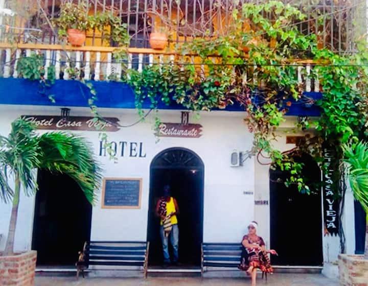 Hotel Casa Vieja