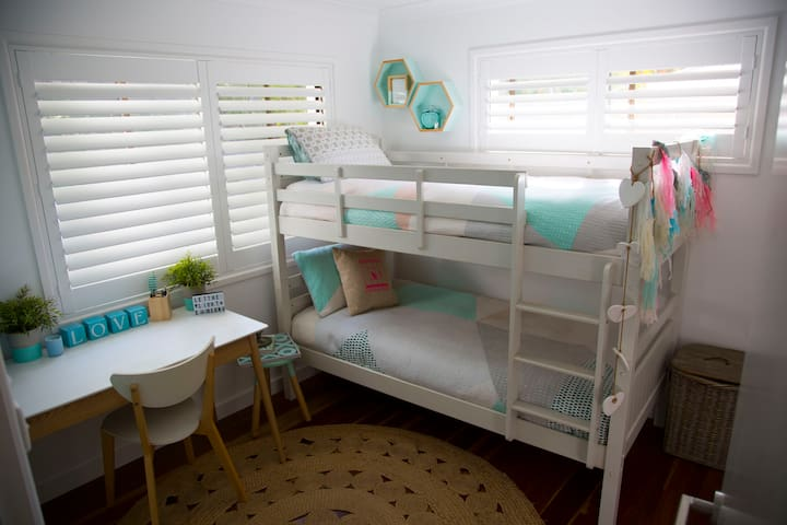 Bedroom Bunkbed Upstairs
