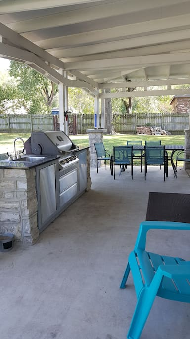 Grill, covered porch, and outdoor sink