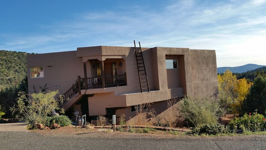 3br - 2500 ft2 - Entire Home- 14 day minimum - Sedona - House