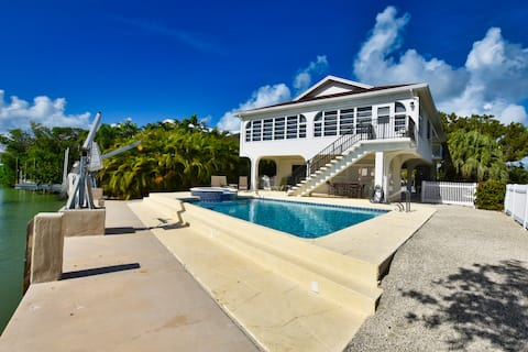 FISHERMAN'S CATCH - 3BR Home with 60' Dock & Pool
