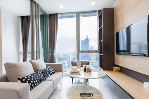Hyde S11 High FL · Elegante suite 1BR (BTS Nana)