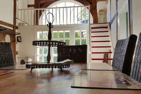 140qm Fachwerkhaus mit Garten - Kalletal